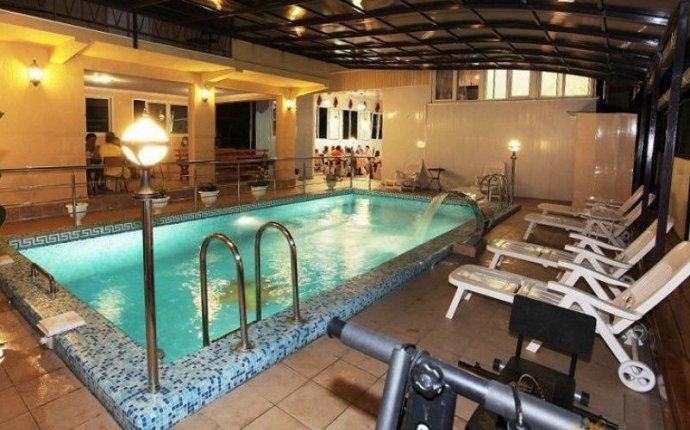Адлер: Гостиницы и отели в Адлере с закрытым бассейном
