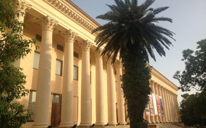 Зимний театр официальный сайт театра Сочи, афиша и отзывы, цены на